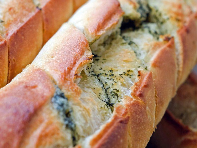 baguette-1378049_1920